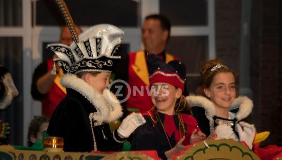 Uitroepen jeugdprins Pol foto Jo Schoonbrood3_ZO-NWS.jpg