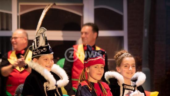 Uitroepen jeugdprins Pol foto Jo Schoonbrood4_ZO-NWS.jpg